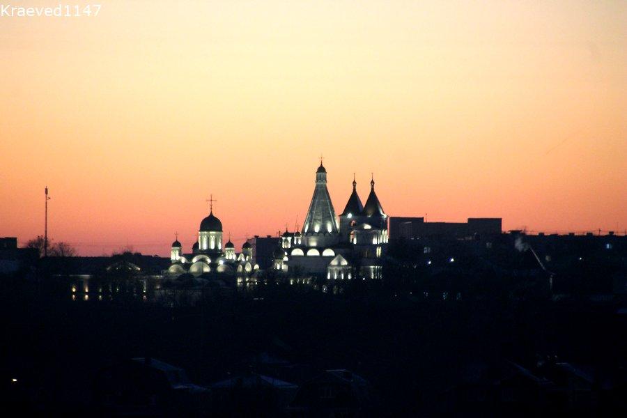 Вид на Владычный монастырь